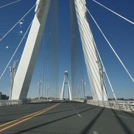 Leere Brücke